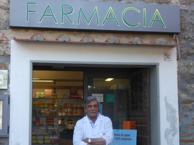La farmacia sull'isola