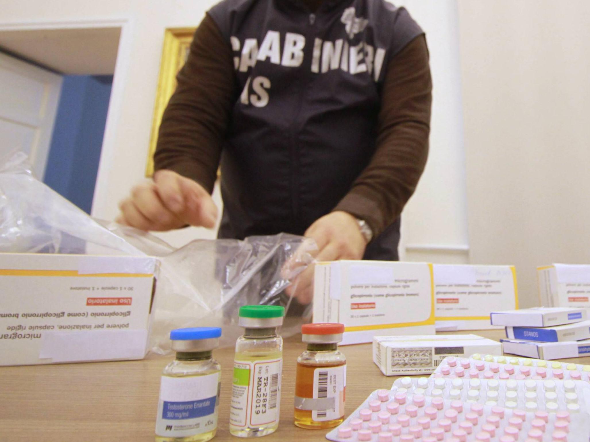 Vendita online di farmaci illegali, i Nas oscurano 11 siti