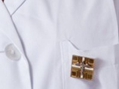 Covid-19, sale a 25 il numero dei decessi tra i farmacisti
