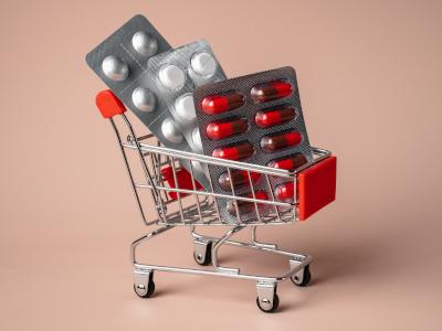 Covid, boom di farmaci contraffatti acquistati on line. In Italia +45% in un anno