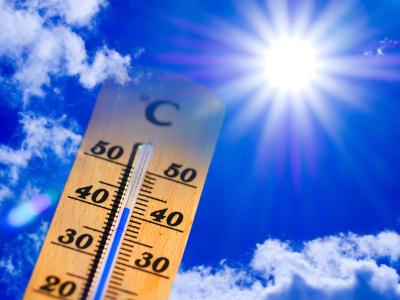 Farmaci alterati dal caldo, i consigli di Federfarma Verona per un'estate sicura