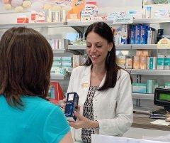 Vaccini Covid-19, 8 italiani su 10 scelgono fonti scientifiche. Per 81% il farmacista come punto di riferimento per la scelta dell'antinfluenzale